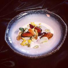 #mossel #crispycarrot #carrotpunk #eggyolk #komkommer #creme #union #koppertcress #truecooks #truecooksstreetteam #foodstarz_official #theartofplating #plating #summer #cheflife #cookforlife #chefsroll #koksgilde thx to @vintage_nr10 for the dope plate!!!! by rickkleijwegt