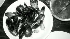 Mussels. Troquet. (I didn't mean to take the pic as b/w)