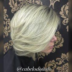 Da série curtinhos e Loiro dos sonhos ❤️  #loiroperfeito #vemserdiva #cabelosdoitalo  #vemserloira   #loirosaudavel  #loirodosonhos  #loirosaudável  #hair #blondhair #blond #blonde #loira #loiras #cabelosdivos #cabelos  #hairstyle #platinado #cabelosplatinados #amo #lindo #instalike #instancabeloslongos #instancabelo #instanloira #ombre #ombrehair #balayage #wella #wellahair  #joico #hair