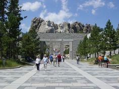 Mount Rushmore National Memorial - Beautiful & powerful at the same time!