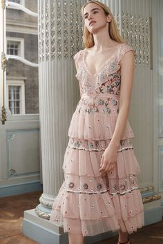 Whimsical Dress in Rose Quartz from the Pre-Fall 18 Needle & Thread collection. Pretty Dresses, Beautiful Dresses, Whimsical Dress, Girl Fashion, Fashion Dresses, Fashion Tips, Mode Chic, Feminine Dress, Embellished Dress