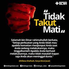 tidak takut matiposter islami Muslim Quotes, Islamic Quotes, Doa Islam, Wonder Quotes, Self Reminder, Quotes Indonesia, Islamic Pictures, Quran, Me Quotes