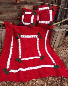 Holly   Berries Afghan   Pillow Crochet Pattern. Tejidos En LanaTejido ... 19c6dc4c419