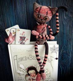 Mesmerizing Crochet an Amigurumi Rabbit Ideas. Lovely Crochet an Amigurumi Rabbit Ideas. Crochet Patterns Amigurumi, Crochet Dolls, Crochet Yarn, Knitting Patterns, Kawaii Crochet, Cute Crochet, Crochet Monsters, Crochet Animals, Creepy Toys