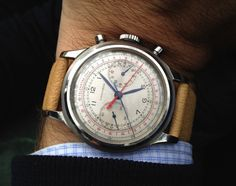Longines vintage military chronograph Dream Watches, Cool Watches, Watches For Men, Vintage Rolex, Vintage Watches, Seiko Chrono, Swiss Luxury Watches, Bracelets For Men, Chronograph