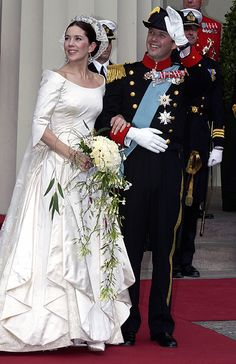 Royal brides: The fairytale wedding dresses worn by real-life princesses - Photo 1 | Celebrity news in hellomagazine.com