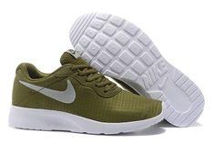 quite nice eec98 b8919 2018 New Arrival Nike Tanjun Se 844908 302 Army Green White blanc EUR 36-44.  Boys NikeNike TanjunNavy ...