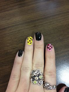 Lepard nails