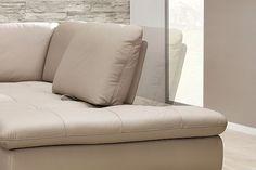 Zum Sitzen und zum Liegen.Mit flexiblen Sofas ist man auf viele Situationen vorbereitet.Schön und mit einem hohen Nutzwert.