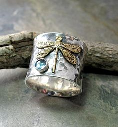 Wide Band Sterling Silver Dragonfly Ring with choice of stone – Dragon – Lavender Cottage Jewelry La mejor imagen sobre Joyas brillantes para tu gustillo. Silver Jewelry Box, Sea Glass Jewelry, Sterling Silver Jewelry, Diamond Jewelry, Jewelry Rings, Silver Earrings, Earrings Uk, Silver Bracelets, 925 Silver
