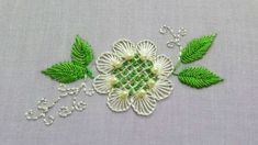 An easy and beautiful hand embroidery pattern for beginners Brazilian Embroidery Stitches, Embroidery Leaf, Hand Embroidery Flowers, Flower Embroidery Designs, Creative Embroidery, Embroidery Monogram, Hand Embroidery Patterns Free, Hand Embroidery Videos, Hand Embroidery Stitches
