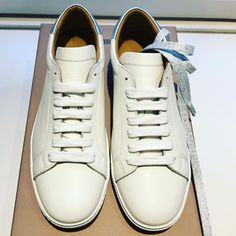 New lovely @Closedofficial shoe collection at #LeMaraisMaastricht #CLOSED #fashion #shopping #Maastricht #sneakers #shoes #comfywalk