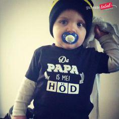Weil da Papa da Beste is! Das perfekte Geschenk zum Vatertag, zur Geburt oder Babyparty. Children, Kids, Onesies, Clothes, Fashion, Cool Shirts, Father's Day, Poetry, Funny Pics