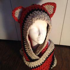 Cute crochet fox cowl/infinity scarf  https://www.etsy.com/shop/AKnottyHabbit