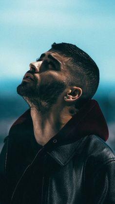 Zayn Malik Style, Zayn Malik Photos, Mens Photoshoot Poses, Zayn Mallik, Applis Photo, One Direction Memes, Photography Poses For Men, 1d And 5sos, Love Photos