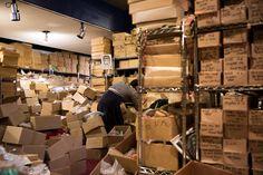https://cjssales.wordpress.com/2014/04/28/for-the-makers-sourcing-vintage-at-cjs-sales-crafts-jewelry-supplies-vintage-warehouse/