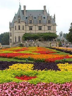 "✮ The Biltmore Estate gardens, Ashville, NC. One of those amazing places that you have to see to grasp the size. You can stand at one end of the house and see Mt Pisgah, 20 miles away, at one time the Vanderbilts owned all of the land betwenn this ""home"" and that mountain. It  is the largest privately owned house in the United States, at 178,926 square feet."