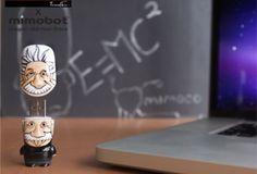 """Einstein Usb. Mimoco, per la collezione MIMOBOT Flash Drives """"Le leggende"""", ha realizzato Einstein Usb, una chiavetta da 64GB dedicata al fisico più importante del XX secolo."""