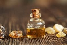 Frankincense, sometimes referred to as olibanum, is made from the resin of the Boswellia tree. Grow in dry climates across parts of Asia and Africa, including India, Yemen, Saudi Arabia, Ethiopia, and Somalia. It is a common type of essential oil used in aromatherapy that can offer a variety of health benefits, including helping relieve […]
