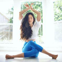 Yoga means addition – addition of energy, strength and beauty to body, mind an… – acupression Pranayama, Yoga Fitness, Lady Fitness, Yoga Inspiration, Esprit Yoga, Body Women, Mode Yoga, Photo Yoga, Yoga Position