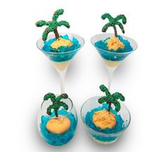 tropical island trifles-mad with pudding blue jello and a cupcake