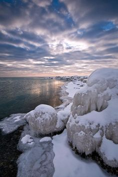 Arctic Illinois by baldwinm16 on Flickr.