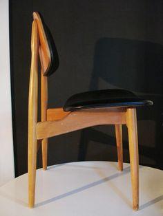 SEDIA DESIGN DANESE - anni '50 - legno e simil pelle nera