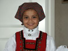 My dear grandchild Mai Different Patterns, Grandchildren, My Family, Norway, Traditional, Costumes, Princess, Couples, Kids