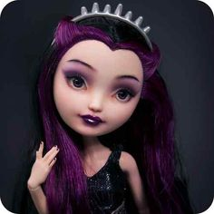 Raven Queen ♚ Ever After High Repaint Custom Doll OOAK Spin Off Monster High | eBay by szklanooka