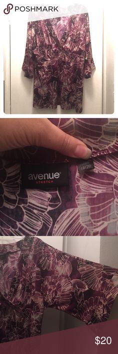 Avenue Tunic Like new, worn a few times. Stretchy fabric, empire waist, open 3/4 sleeves, deep V-neck. Size 18/20. Avenue Tops Tunics
