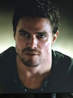 #Arrow  Stephen Amell(Oliver)
