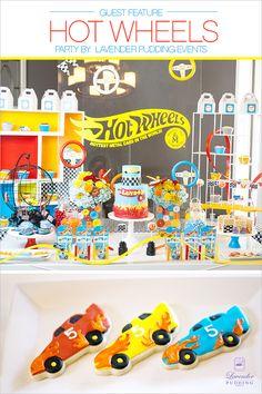 Hot Wheels Birthday, Race Car Birthday, Baby Boy First Birthday, Hot Wheels Cake, Hot Wheels Party, Car Themed Parties, Cars Birthday Parties, Birthday Ideas, Cake Pop Displays