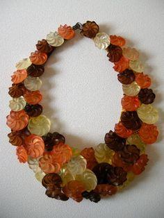 KOTSU-KOTSU - button jewelry