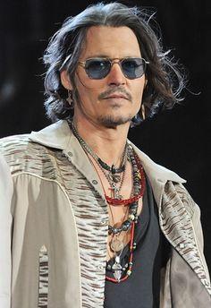 Johnny Depp....Hellooooo, Johnny!