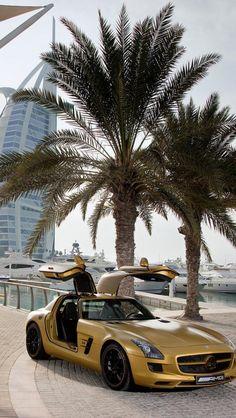 Mercedes Benz in Dubai | Keep The Class ♡ ✤ LadyLuxury ✤