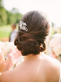 #Hairstyle | See the wedding on SMP: http://www.StyleMePretty.com/new-england-weddings/2014/02/03/bristol-wedding-at-blithewold-mansion/ Photography: Rebecca Arthurs