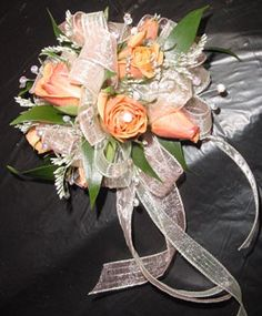 Corsages/Boutonnieres - WRC23 | Fowler's Florist & Gifts