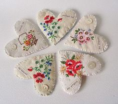 Vintage Embroidery projects for vintage linens repurposed - DIY Booster - projects for vintage linens repurposed - DIY Booster Embroidery Hearts, Vintage Embroidery, Embroidery Stitches, Hand Embroidery, Embroidery Designs, Embroidery Sampler, Embroidery Scissors, Japanese Embroidery, Machine Embroidery Patterns