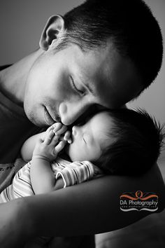 NewBorn and daddy