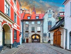 25 Best Things to Do in Riga (Latvia) - The Crazy Tourist Latvia City, Riga Latvia, List Of Countries, Countries Of The World, World Cities, Beautiful Buildings, World Heritage Sites, What A Wonderful World, Bologna