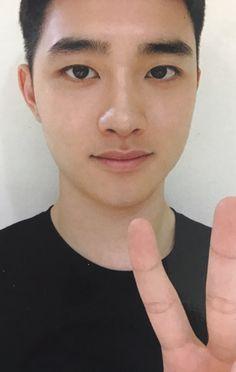 Kyungsoo is cutie Exo Ot12, Kaisoo, Chanbaek, Kyungsoo, Korean Girl Band, Kim Minseok, Do Kyung Soo, Kim Junmyeon, Kpop Exo