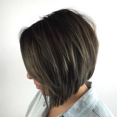 Classy Bob with Angled Midshaft Layers
