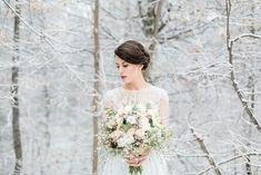 Inspiring snowy winter wedding ideas 35 Winter Wedding Guests, Winter Wedding Decorations, Winter Wedding Flowers, Winter Bride, Winter Weddings, Wild At Heart, Bridal Session, Bridal Shoot, Old World Wedding