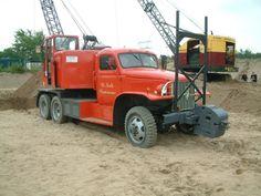 GMC truck met Fuchs 301 dragline