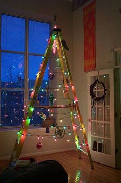 Minimalist Ladder Christmas Tree — Homebnc Diy Christmas Light Decorations, Indoor Christmas Lights, Christmas Light Show, White Christmas Lights, Holiday Lights, Christmas Home, Christmas Crafts, Holiday Decor, Xmas