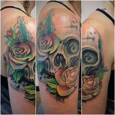 bbe3b1295 David Mushaney Rose and Skull tattoo Rebel Muse Tattoo, Floral Skull, Rose  Tattoos,