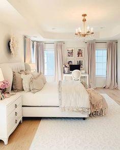 Room Ideas Bedroom, Cozy Bedroom, Home Decor Bedroom, Bedroom Romantic, Modern Bedroom, Feminine Bedroom, Bedroom Interiors, Decorating A Bedroom, Bedroom With Couch