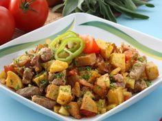 Brassói aprópecsenye Hungarian Recipes, Pork Dishes, Kung Pao Chicken, Potato Salad, Potatoes, Meat, Ethnic Recipes, Skillet, Foods