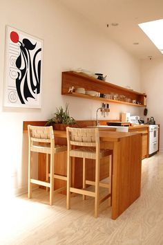 Kitchen shelving idea....like more solid look that ties in with work top bk