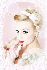 Late 40s/ early 50s inspired pin up look